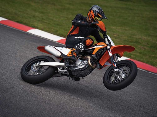 2021 KTM 450 SMR Supermoto First Look Preview