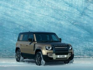Land Rover Defender Launched In India At Rs 7398 Lakh Rivals Jeep Wrangler