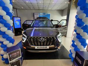 Hyundai Alcazar Launched All Details In 10 Images