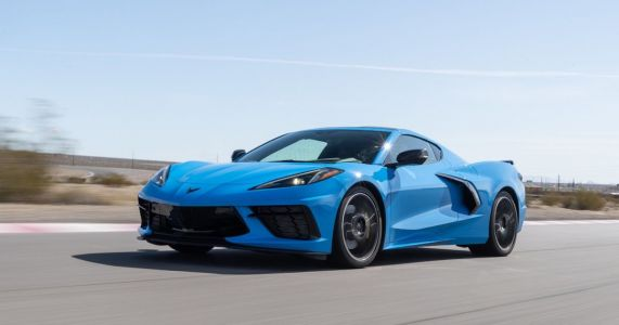 A Fully Loaded UK-Spec C8 Chevrolet Corvette Costs The Same As A Base 911