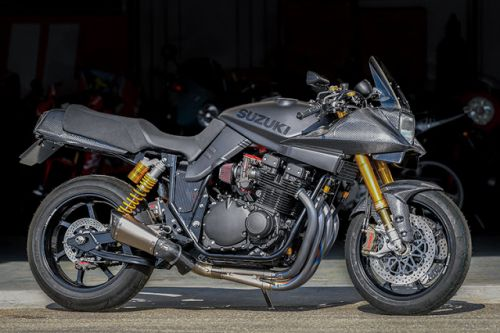 Suzuki GSX 1100 S Katana by Bright Logic 4