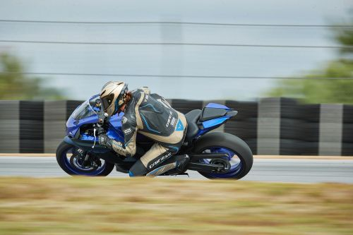 2022 Yamaha YZF-R7 Review