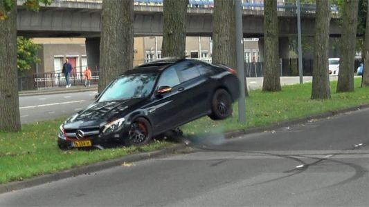 Mercedes-AMG C63 S Crashes Into Tree Attempting To Drift