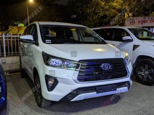 Toyota Innova Crysta Facelift Launched At Rs 1626 Lakh Rivals Mahindra Marazzo MG Hector Plus