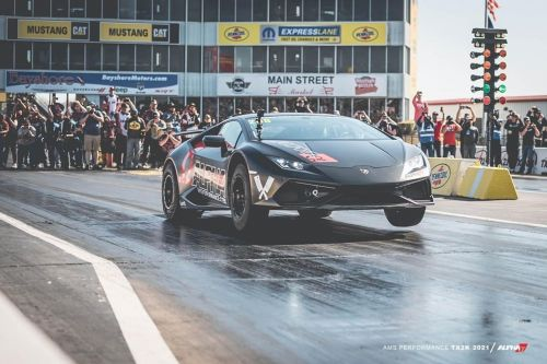World's Quickest Lamborghini Huracán Runs Ridiculous 7.33 Quarter-Mile
