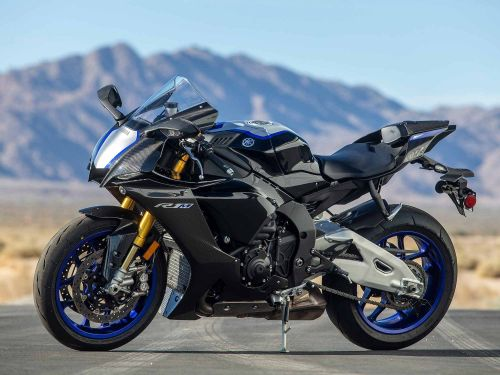 2021 Yamaha YZF-R1M MC Commute Review Gallery
