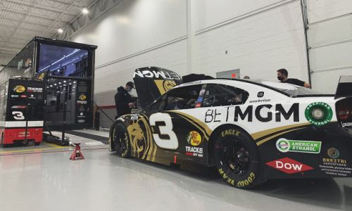 Austin Dillon paint scheme for Vegas is a killer look with traditional Earnhardt 3 font