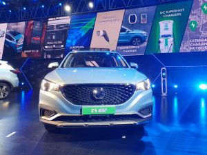 MG Motor ZS EV Unveiled In India Ahead Of January 2020 Launch Will Rival The Kona Electric
