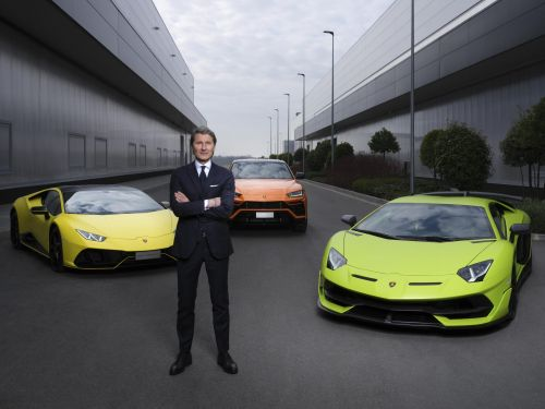 All Lamborghini's Will Be Hybrid By 2024