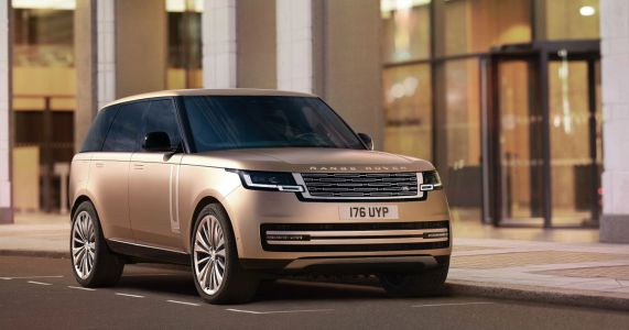 The New Range Rover Is Here With A 523bhp BMW V8 And 7 Seats