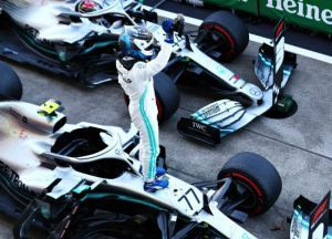 F1 2019 Valtteri Bottas Dominates At Suzuka Mercedes Crowned 2019 Constructors Champions
