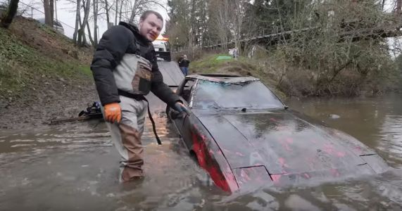 Here's The Sad And Joyous Sight Of A Mazda RX-7 Being Pulled From A River