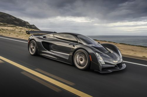 Czinger 21C Packs 1,233 HP Flat Crank Twin-Turbo V8 and 432 km/h Top Speed