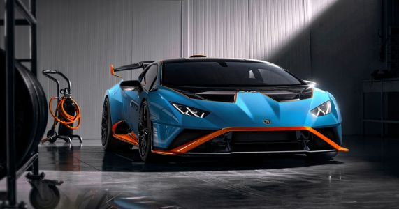 The RWD Lamborghini Huracan STO Is A Road-Legal Track Car With GT3 Racing Influence