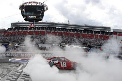 Kyle Busch is 6/1 to win 2020 Bass Pro Shops Night Race