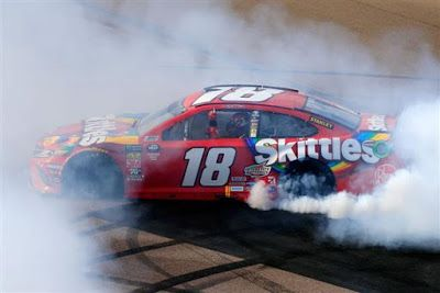 Kyle Busch is 3/1 favorite to win at Phoenix