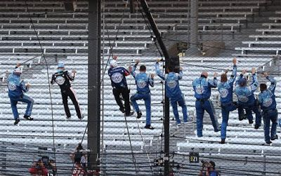 Kevin Harvick gets Indianapolis Motor Speedway win in overtime