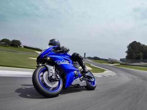2021 Yamaha YZF-R6 Race First Look Preview Photo Gallery