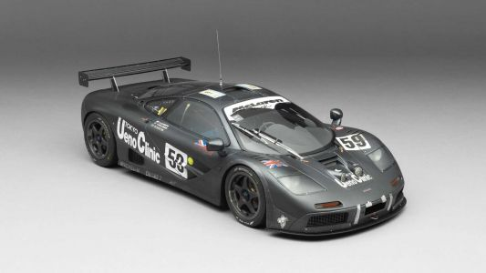 Immensely Detailed McLaren F1 GTR Scale Model Is Impressive